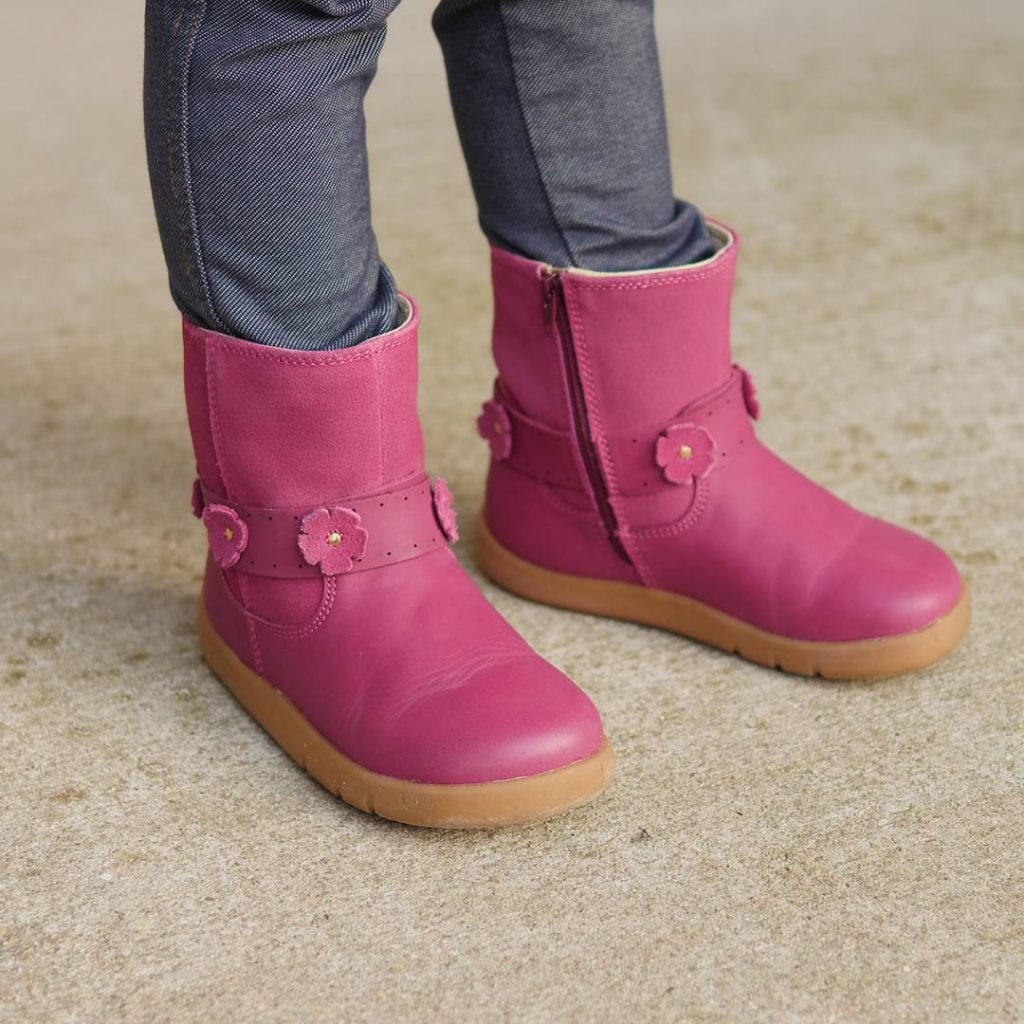 Arent these bobuxusa boots even cuter close up? I lovehellip