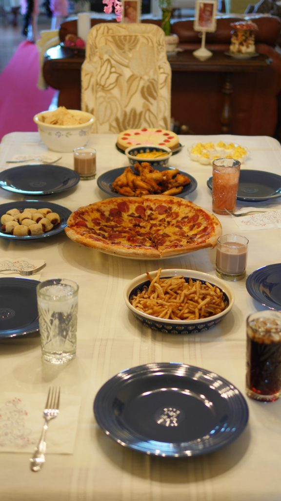 Theresa's Reviews - Kid-friendly food for a fun Oscar party