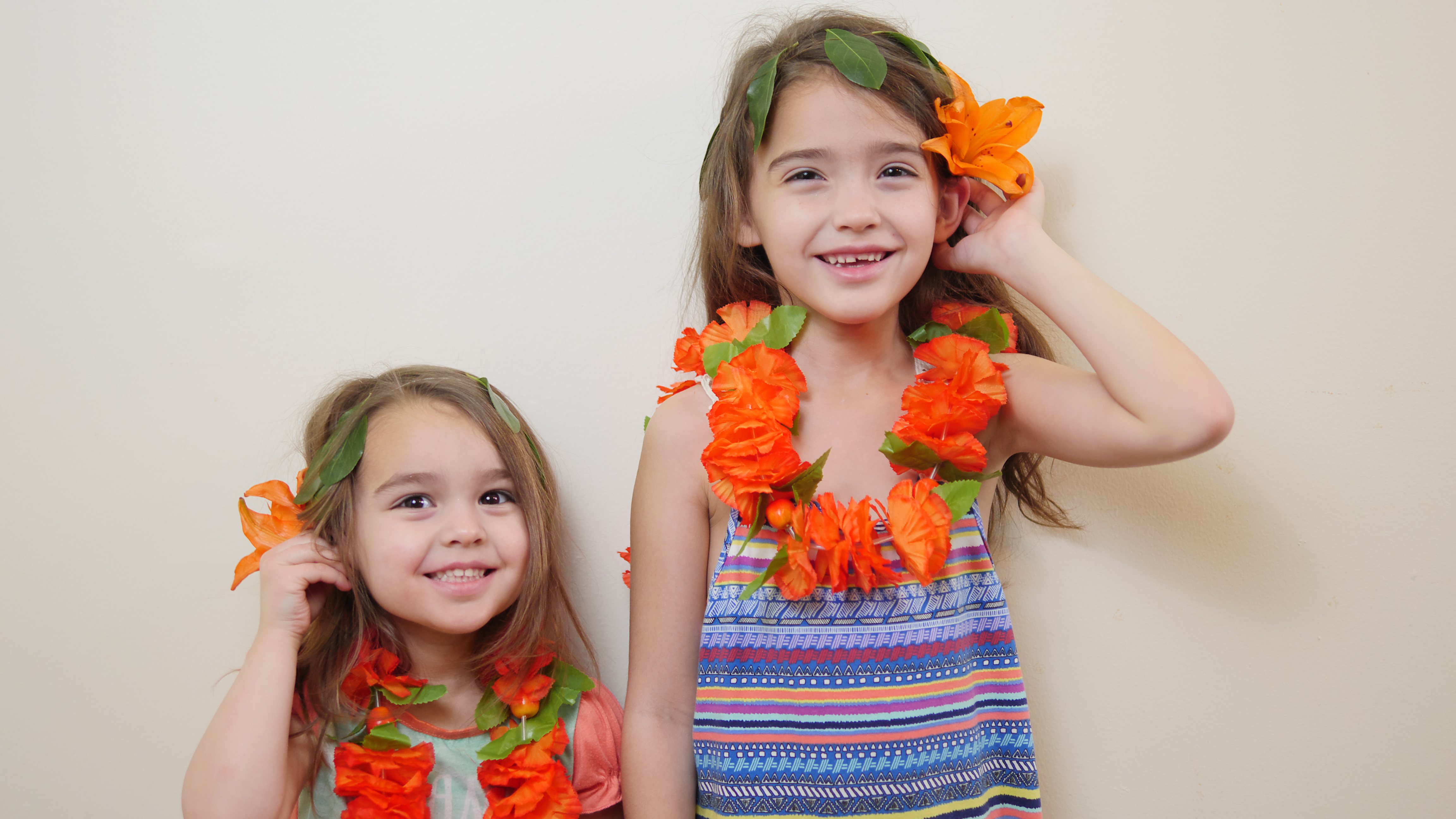 Even if you don't own the Disney Moana costume, you can easily make an outfit for a Moana party. Create a leaf headband by sewing leaves together with needle and thread. Then, buy tropical flowers and a matching lei.