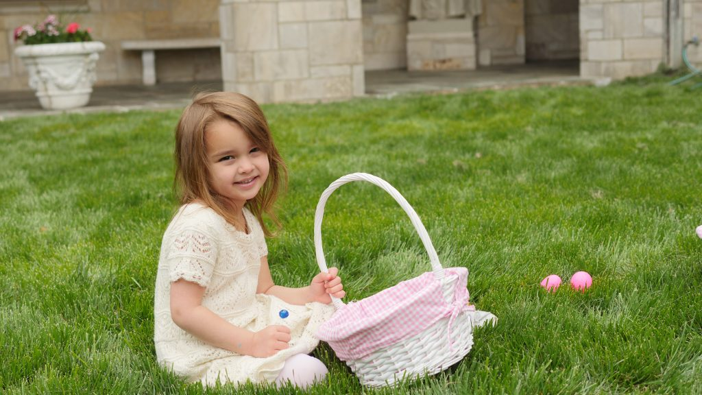 Since the Easter egg hunt is organized so well, even young guests can find enough eggs. Then, enjoy your stay and have a picnic with your family!