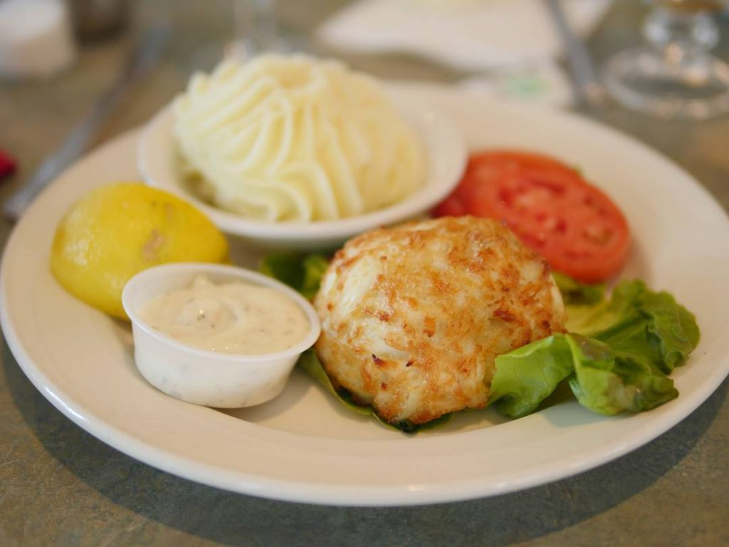 We stopped by thenarrowsrestaurant today for crab cakes Did youhellip