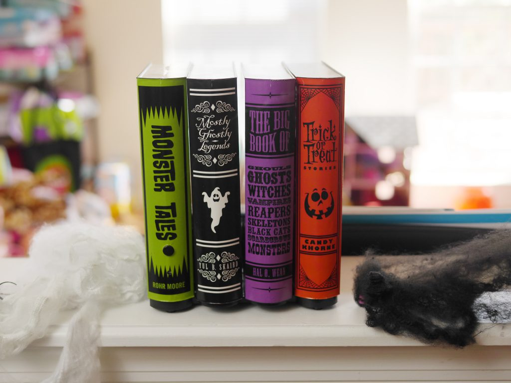 The Animated Spooky Books are a fun, family-friendly Halloween decoration. Theresa's Reviews 2017 Halloween Decor