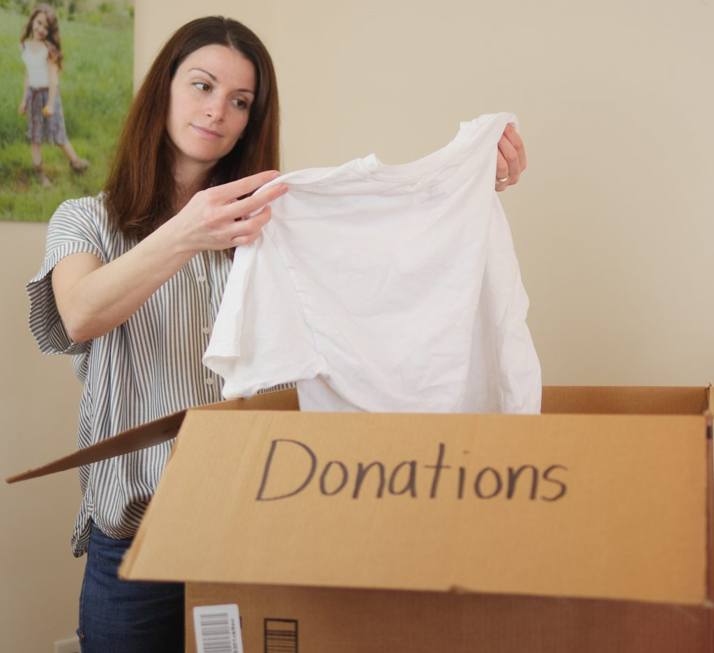 How To Simplify Your Life In 3 Easy Steps - Donate Worn Clothes and Buy Classic Styles - Theresa's Reviews #allfreeclearclean