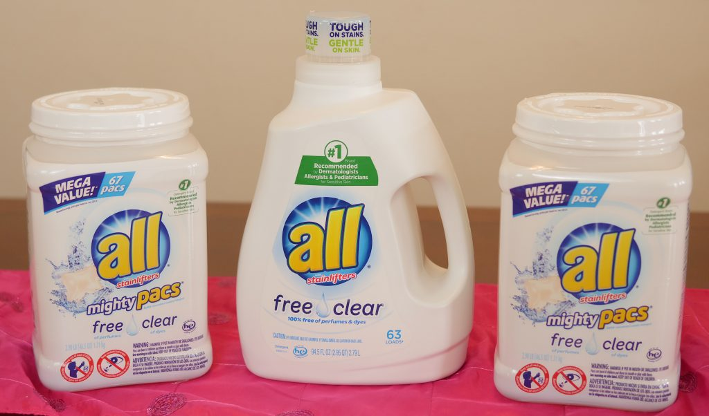 #ad How To Simplify Your Life In 3 Easy Steps - all® free clear Liquid Detergent and all® free clear Mighty Pacs® - Theresa's Reviews #allfreeclearclean