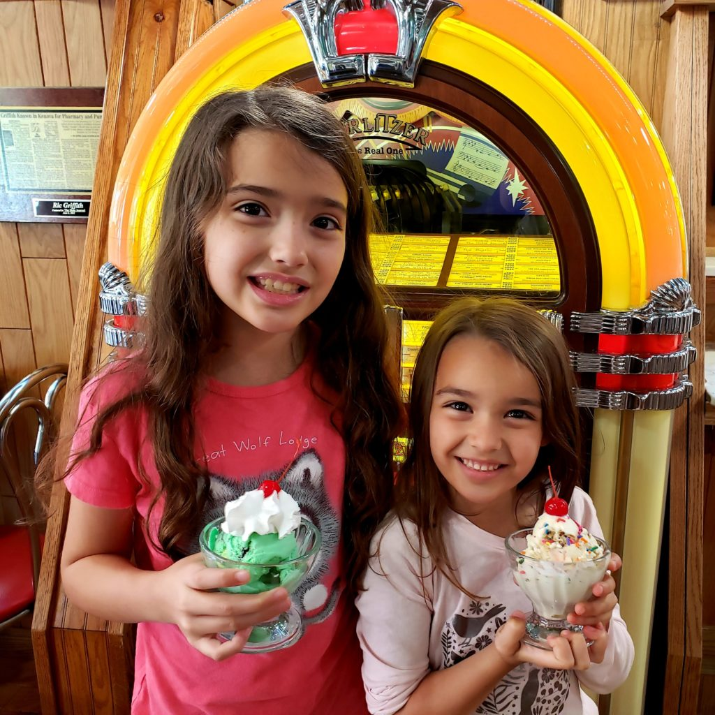 Road Trip Food: Maryland to Nashville - Griffith & Feil Soda Fountain in Kenova, West Virginia - Theresa's Reviews
