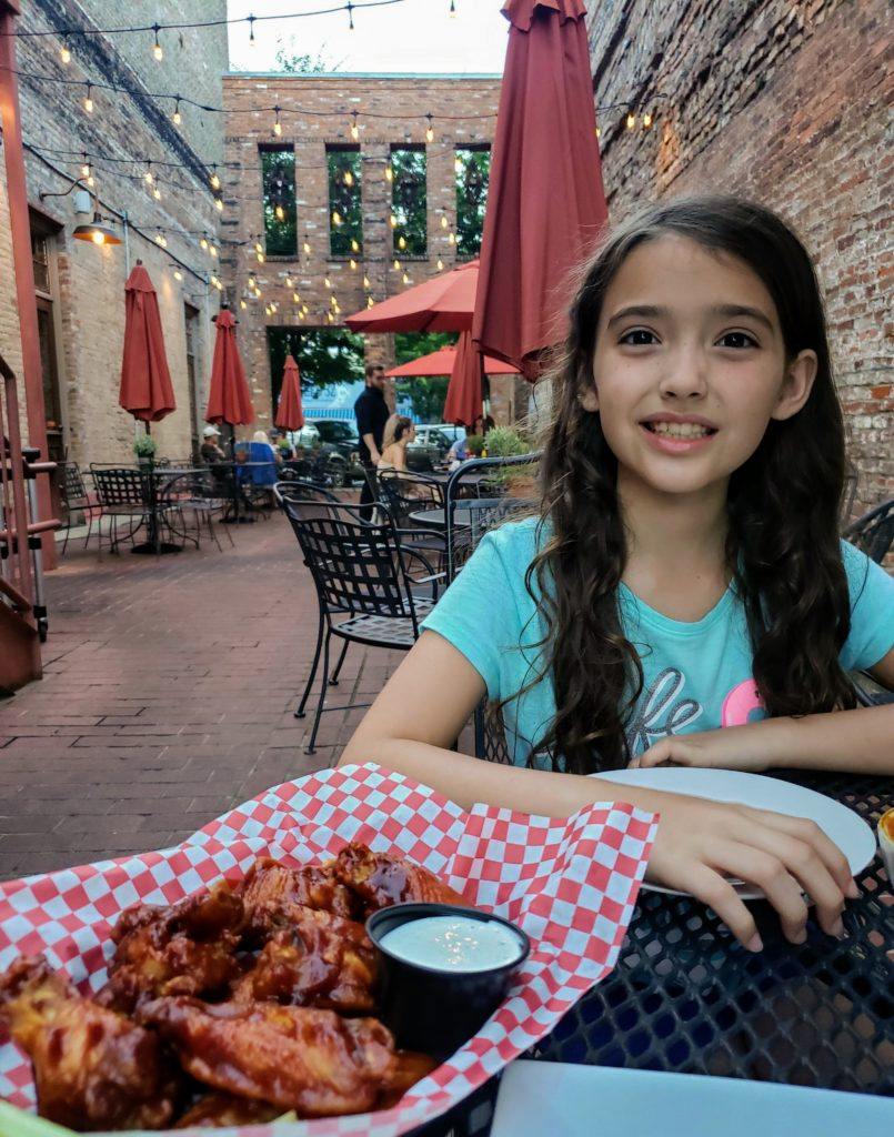 Road Trip Food: Maryland to Nashville - Southern Tré Steakhouse in Columbia, Tennessee Theresa's Reviews