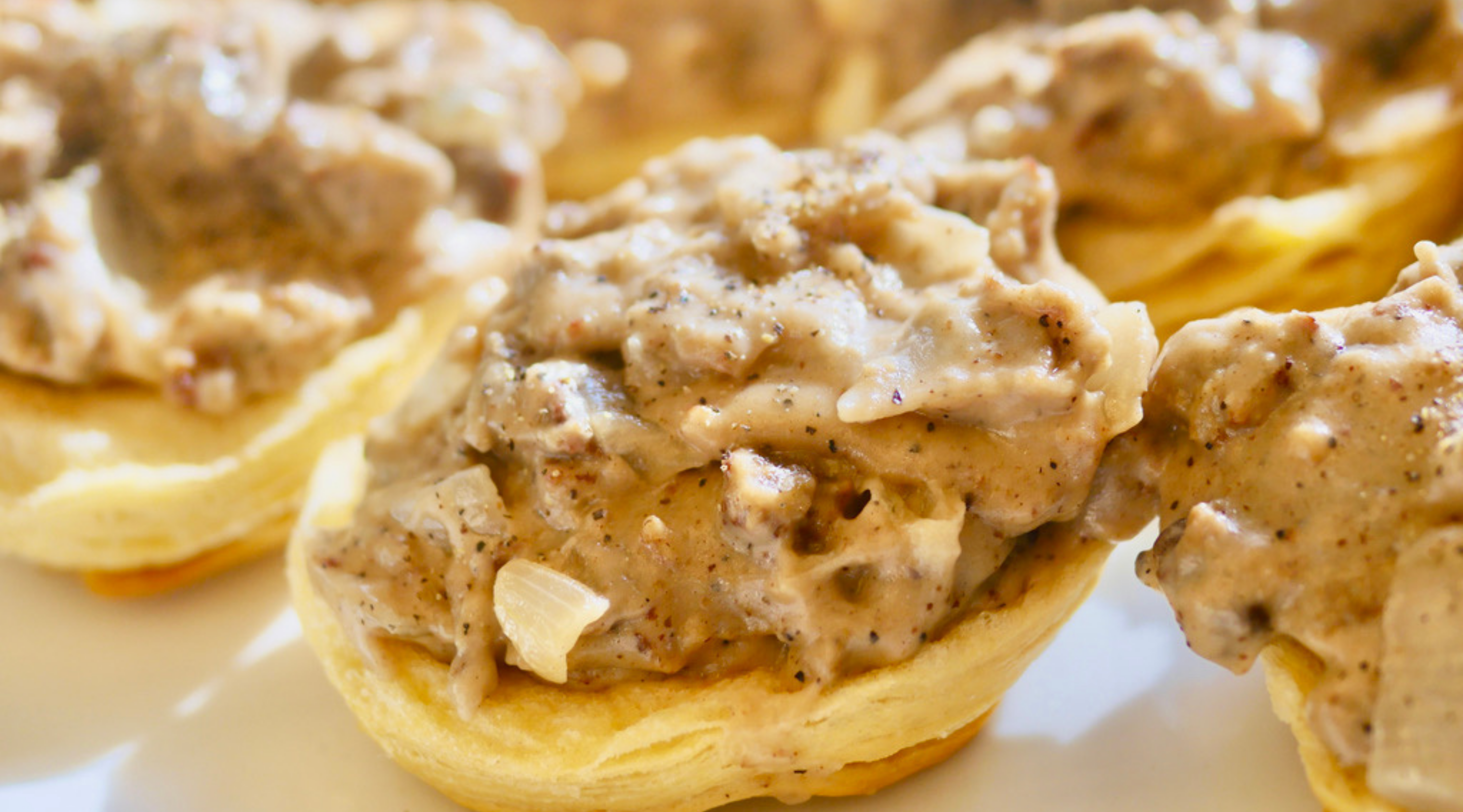 Southern Vegetarian Biscuits & Gravy